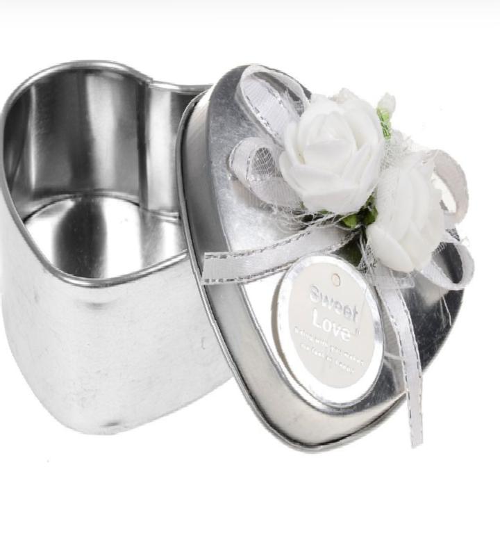 Caixinha Metálica de Coração Decorativa Prata